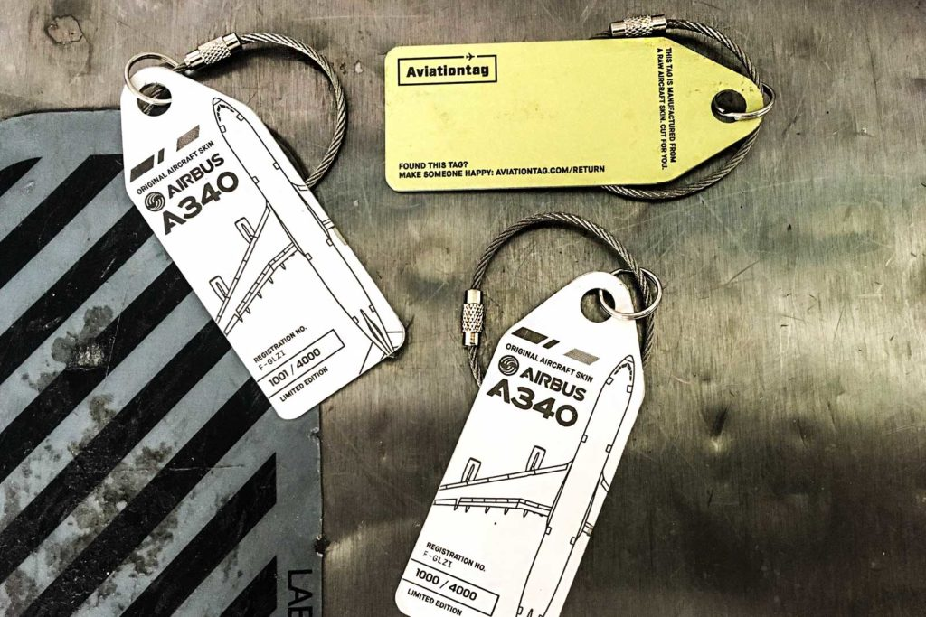Air France Aviationtags auf bordbar Trolley