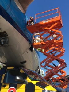 Dismantling the former KLM Boeing 747 PH-BFR