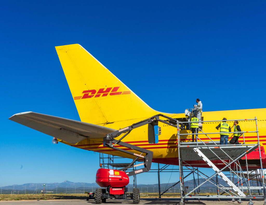 A photo of the DHL Boeing 757 D-ALEH